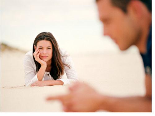 Tại sao hôn nhân lại là mồ chôn ái tình?