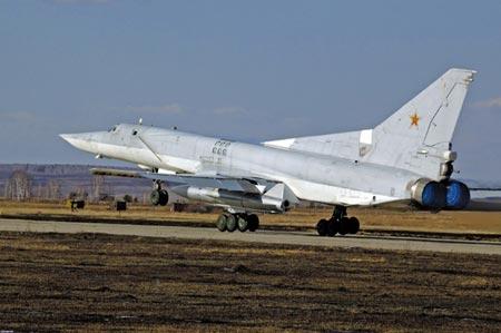 Máy bay ném bom tiên tiến Tu-22 của Nga. Ảnh: Want China Times