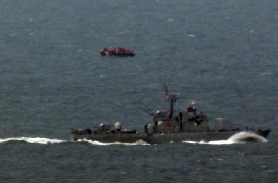 Một tàu tuần traTriều Tiênxâm phạm lãnh hải Hàn Quốc năm 2012. Ảnh: Reuters