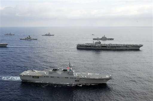 Tàu khu trục Mỹ trên biển Đông. Ảnh: AP