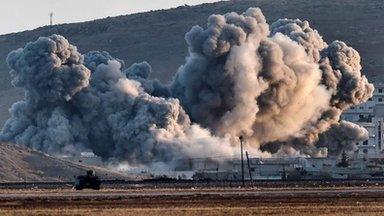 IS tiếp tục tiến vào thị trấn Kobane. Ảnh: BBC
