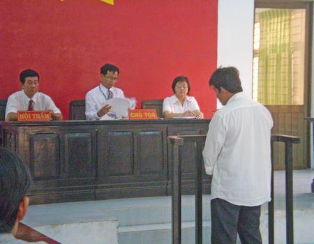 Lê Quốc Việt tại phiên tòa ngày 8-4