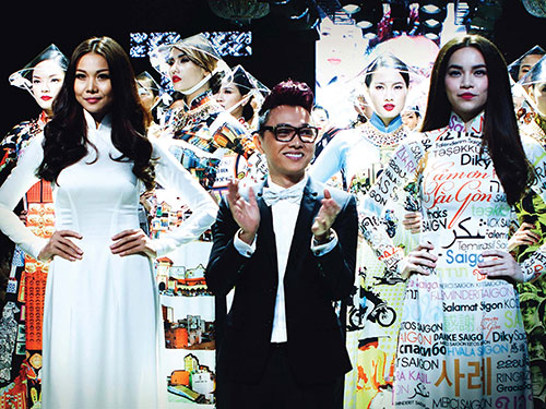 Rất ít nhà thiết kế Việt Nam có được những sô diễn riêng. Công Trí là một trong những nhà thiết kế chịu khó đầu tư cho sô diễn của mình Ảnh: KIẾNG CẬN