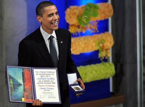 Tổng thống Obama nhận giải thưởng Nobel hòa bình năm 2009. Ảnh: Zerohedge