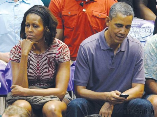 Obama, Michelle 'living apart'