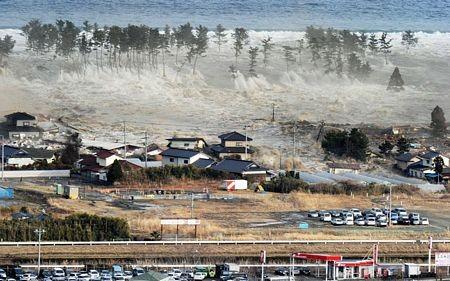 Thảm họa sóng thần Nhật: Lặn tìm vợ suốt 3 năm