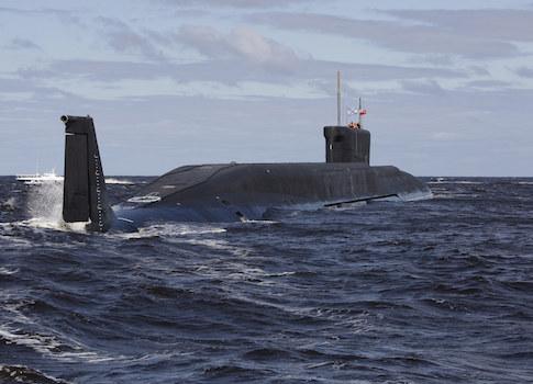 Tàu ngầm Nga. Ảnh AP
