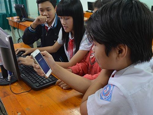 Học sinh cần được giáo viên hướng dẫn sử dụng Facebook tích cực