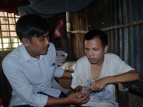 Ông Nguyễn Văn Hải, người mù bán vé số, từng bị cướp giậtẢnh: NHẬT THANH
