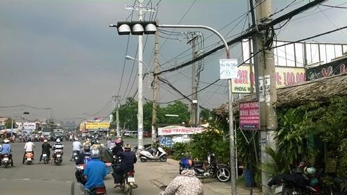 Đèn giao thông bị hư