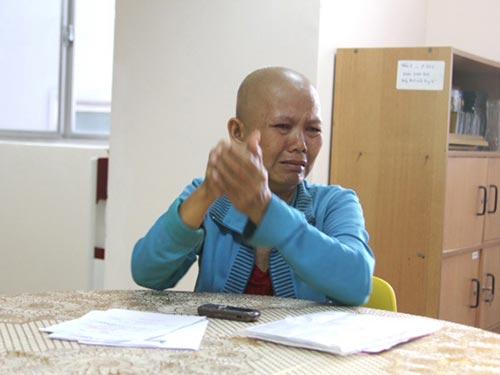 Bà Nguyễn Thị Thu Thủy đang mắc bệnh hiểm nghèo, con trai lại bị u não