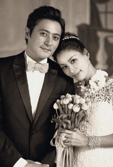 Jang Dong Gun và vợ trong đám cưới