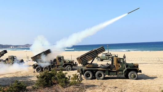 Triều Tiên thường phóng tên lửa để thị uy, bày tỏ sự tức giận... Ảnh: AP