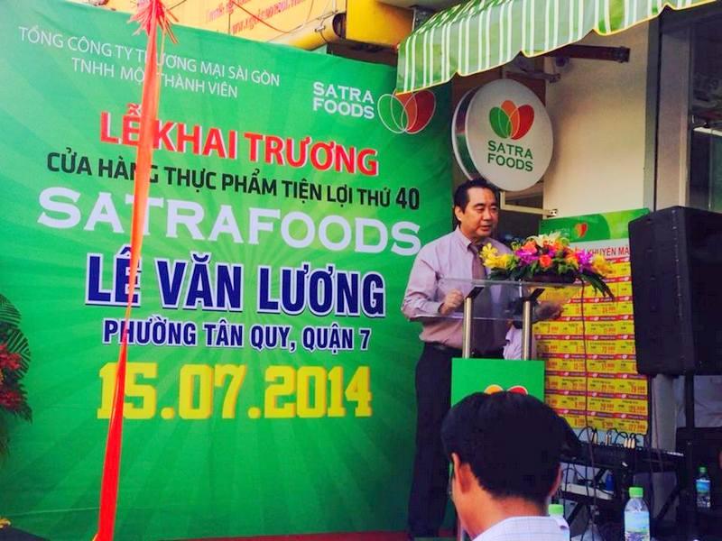 Ông Trần Văn Bắc - Phó Tổng Giám đốc SATRA - phát biểu tại lễ khai trương.