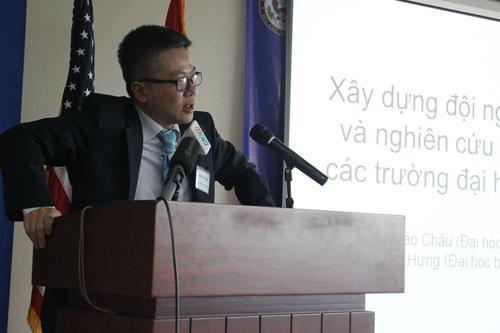 GS Ngô Bảo Châu tại buổi Đối thoại giáo dục ngày 31-7