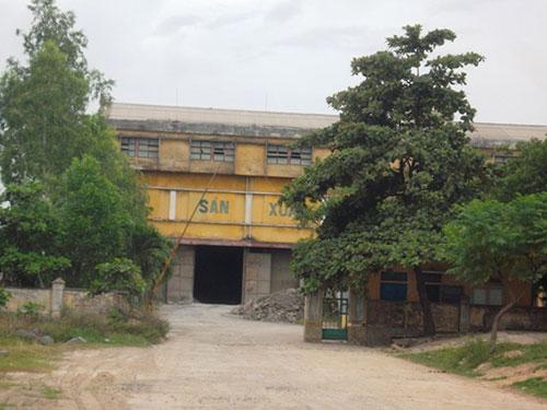 Nhiều đứa trẻ sống ở vùng này bị các bệnh về hô hấp do nghi nhiễm khói bụi từ nhà máy