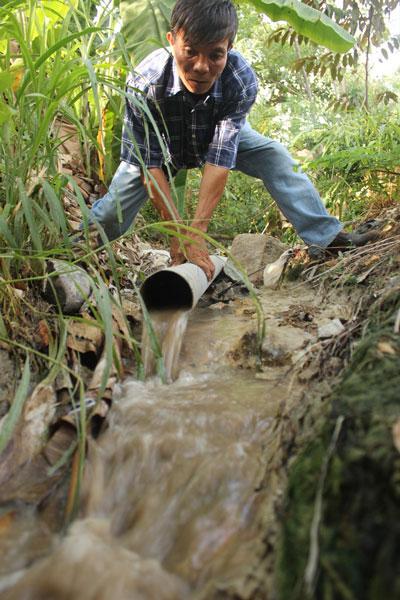 Ống nước thải của Công ty Quang Vinh xả ra môi trường chưa qua xử lý
