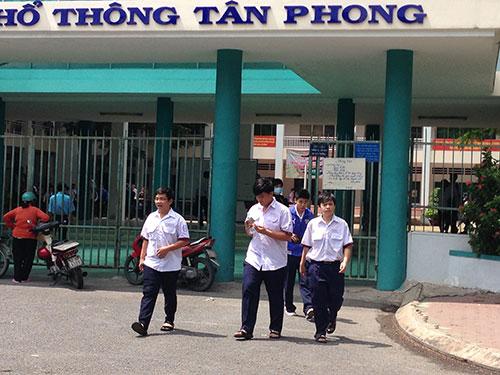 Học sinh Trường THPT Tân Phong quận 7, TP HCM