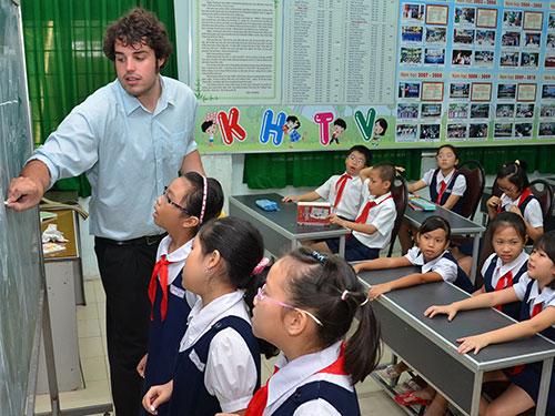 Học sinh lớp tăng cường tiếng Anh ở Trường Tiểu học Trần Quốc Toản, quận 10, TP HCMẢnh: TẤN THẠNH