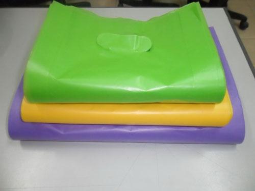 Túi ni-lông thân thiện với môi trường (Ảnh do Sở Tài nguyên và Môi trường TP HCM  cung cấp)