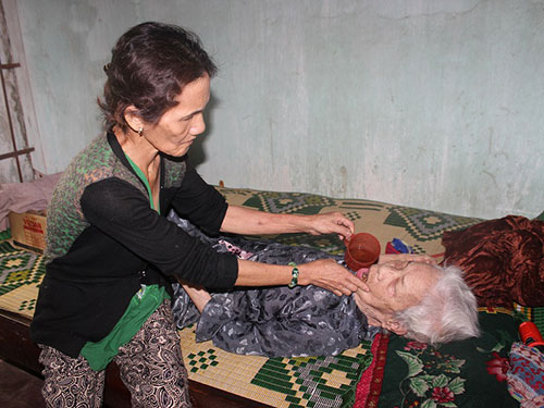 Bà Nguyễn Thị Quý bị căn bệnh ung thư phổi giai đoạn cuối hành hạ