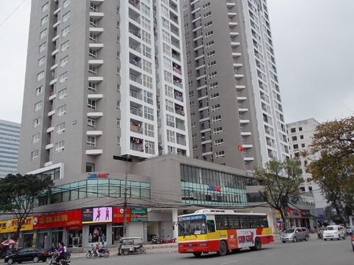 Chung cư B14 Kim Liên - nằm ở mặt đường Phạm Ngọc Thạch, quận Đống Đa, TP Hà Nội - là một trong những chung cư cao cấp đã bàn giao nhà có giá chênh lệch cao nhất hiện nay