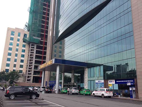 Trung tâm thương mại Grand Plaza (Hà Nội) trong cảnh vắng khách Ảnh: PHƯƠNG NHUNG
