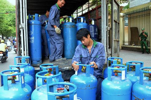 Giới kinh doanh đang rối bời vì có nhiều quy định chồng chéo trong quản lý hoạt động kinh doanh gas  Ảnh: TẤN THẠNH