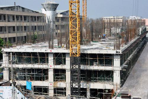 Dự án 8X PLUS gồm 2 tầng hầm, 2 tầng căn hộ thương mại và 17 tầng căn hộ nằm trên đường Trường Chinh, quận 12, TP HCM được Hưng Thịnh Corp mua lại từ việc ngân hàng phát mãi