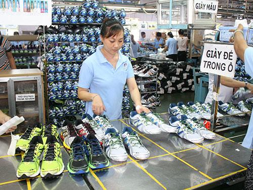 Nhiều tập đoàn lớn nước ngoài đang dịch chuyển đơn hàng vào Việt Nam, tạo ra cơ hội rất lớn cho ngành xuất khẩu da giày trong nước Ảnh: VĨNH TÙNG