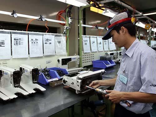 Năm 2013, Nhật Bản có vốn đầu tư nhiều nhất vào các KCX-KCN ở TP HCM. Trong ảnh: Công ty Juki Việt Nam trong KCN Tân Tạo Ảnh: Thanh Vũ