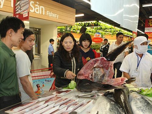 Một số mặt hàng tươi sống ở Lotte Mart sẽ được bán giá ưu đãi, rẻ hơn giá chợ