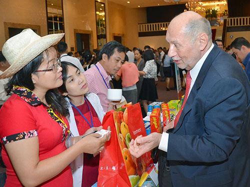 Các doanh nhân trao đổi về tiềm năng xuất nhập khẩu của TP HCM ẢNH: Tấn Thạnh