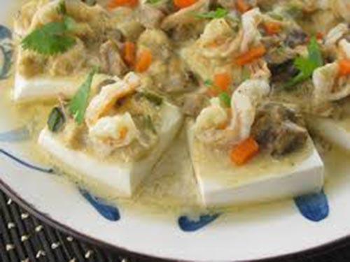 Tôm nấu đậu phụ là một trong những món ăn giúp phụ nữ cải thiện sức khỏe sinh lý Ảnh: Tư liệu