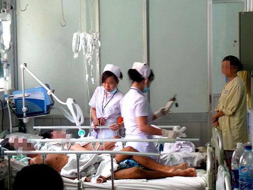 Bệnh nhân bị đột quỵ được điều trị tại BV Nhân dân 115, TP HCM