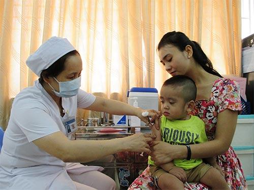 Tiêm ngừa cho trẻ tại Bệnh viện Phụ sản Từ Dũ