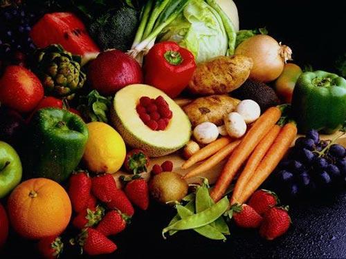 Các loại rau, củ, quả như bắp cải, cà rốt, bông cải trắng... là những thực phẩm giàu chất xơ, có tác dụng hỗ trợ đắc lực cho bộ máy tiêu hóa Ảnh: TOP NEWS