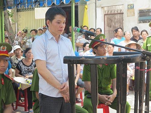 Bị cáo Võ Thanh Tuấn tại phiên tòa lưu động