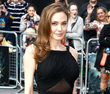 Angelina luôn bận rộn với các dự án phim ảnh