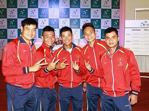 Các thành viên đội tuyển Việt Nam tự tin trước giờ xung trận Ảnh: Ngọc Thắng
