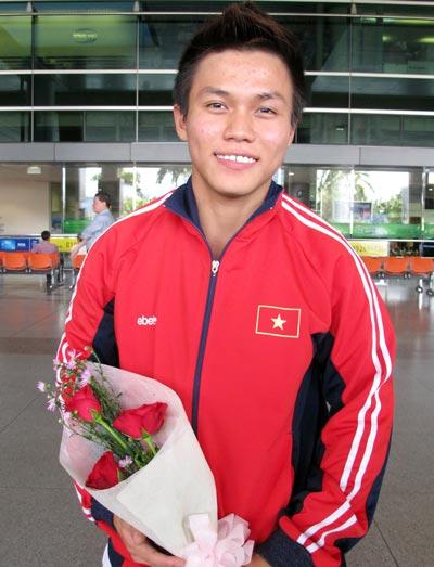 Nguyễn Trần Anh Tuấn, niềm hy vọng của đoàn Việt Nam  ở hạng cân cử tạ 56 kg nam Ảnh: ĐÀO TÙNG