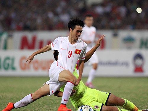 Văn Toàn (9) nhiều khả năng sẽ giữ được chỗ trong đội hình chính sau khi chơi tốt ở trận gặp U19 Nhật Bản Ảnh: HẢI ANH