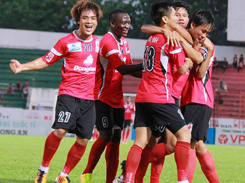 ĐTLA đã có được chiến thắng đầu tiên ở V-League 2014