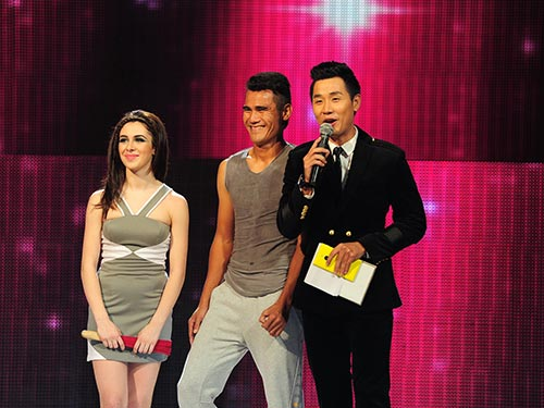 Thanh Bình (giữa) khi tham dự chương trình Bước nhảy hoàn vũ 2014Ảnh: LÝ VÕ PHÚ HƯNG