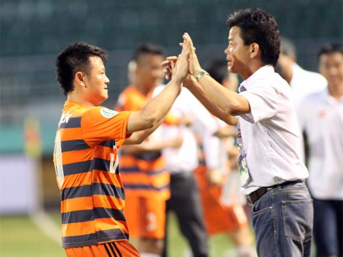 Văn Quyến tiếp tục được HLV Văn Sỹ mời thi đấu vòng tứ kết AFC Cup Ảnh: HẢI ANH
