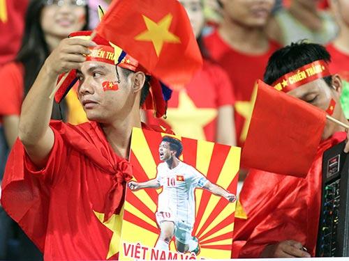 Công Phượng cùng U19 Việt Nam đã gây sốt khán đài sân Thống Nhất, Mỹ Đình... trong năm 2014  Ảnh: HẢI ANH