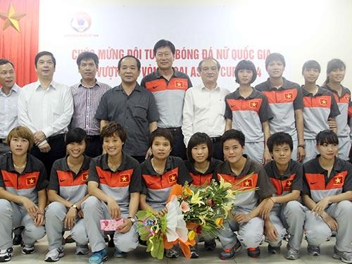 Đội tuyển nữ Việt Nam đang được ngành thể thao và VFF kỳ vọng sẽ tạo đột phá để giành suất dự VCK World Cup  Ảnh: HẢI ANH
