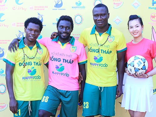 Ba ngoại binh của Đồng Tháp mùa giải 2015 (từ trái sang): Felix Ayala, Samson và Tcheuko Minh Ảnh: QUỐC ĐẠT