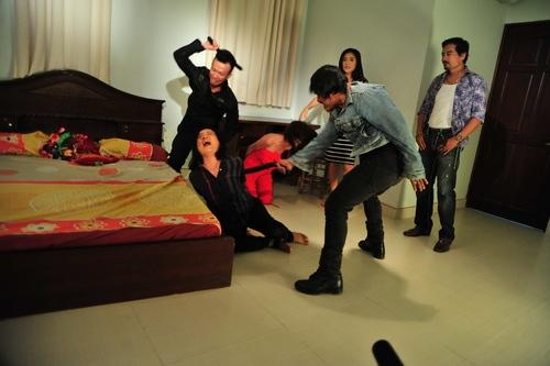 Cảnh trong phim Huyền thoại tím, phim mà Việt Trinh tâm đắc nhất từ trước đến nay