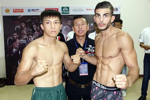 Nguyễn Trần Tự Do (trái) là một trong hai võ sĩ Việt Nam thượng đài ở giải năm nay